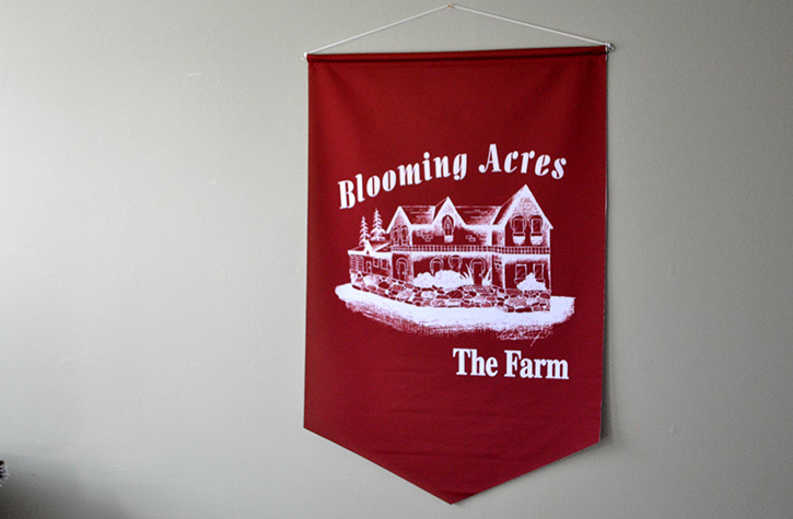 Custom Printed Cloth Sign by Flagsource Canada
